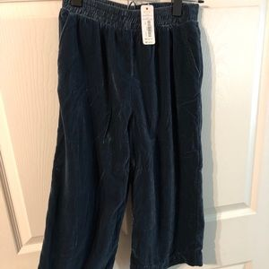 Gymboree velour pants - size 7-8